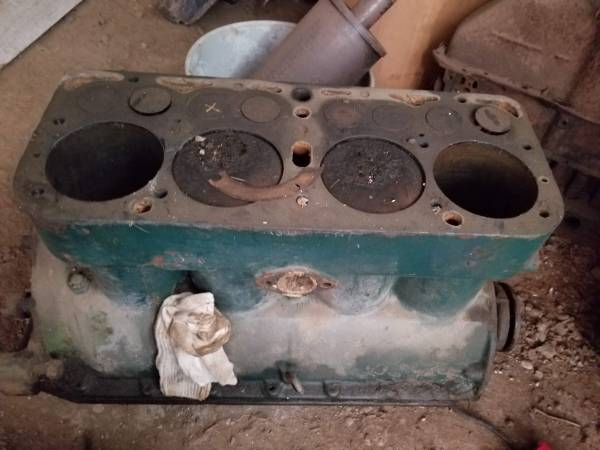 Photo Wide variety of Model A parts (Boonville)