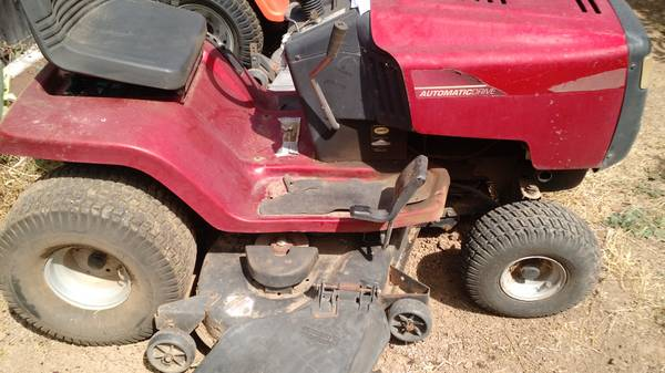Photo lawn mower, riding, murray 48quot - $500 (REDWOOD VALLEY)