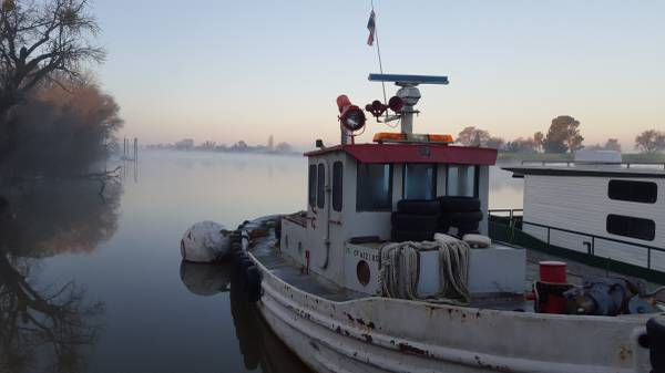 Photo tug boat, tugboat 1954 45 army ST tug boat steel 892 Detroit diesel - $28,500 (courtland)