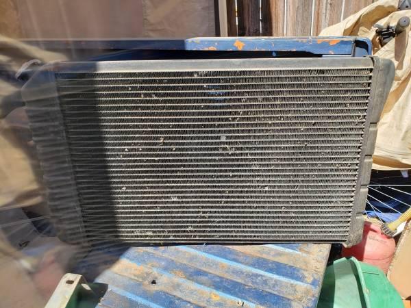 Photo 1973 chevy c10 radiator - $25 (Merced)