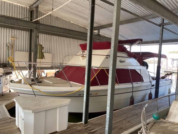 Photo 1977 Carver 28 Boat - $9,000 (Lodi)