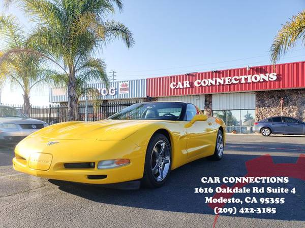 Photo 2003 Chevrolet Corvette Coupe 2D - $10988