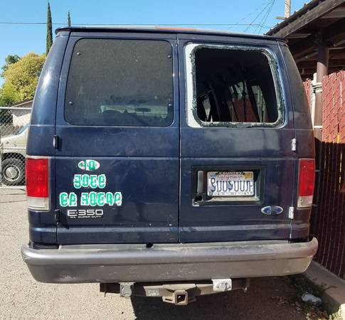 Photo 2003 Ford Diesel fullsize van Needs work - $1,000 (Los Banos)