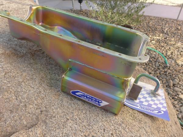 Photo 289 302 5.0 Ford engine oil pan - $225 (mariposa)