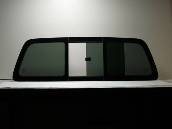 Photo 95 to 97 ford ranger rear sliding glass window - $25 (merced)