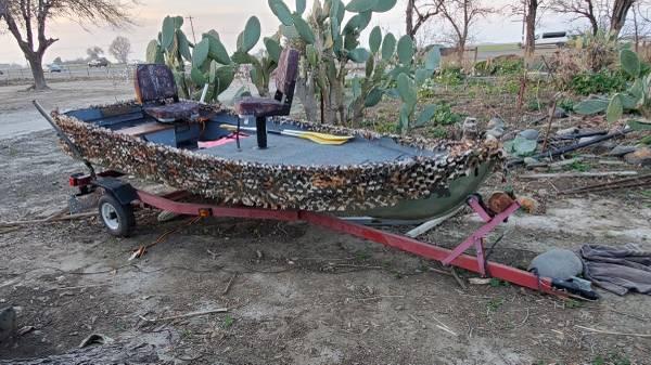 Photo Bass boat - $900 (Los banos)