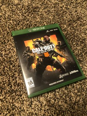 Photo Call of Duty Black Ops 4 (Xbox One) - $6 (Fresno)