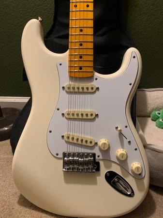 Photo Fender Stratocaster Vintage White - $750 (Los Banos)