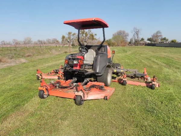 Photo Jacobsen 4x4 Wide Area Mower - $16,000 (Merced)