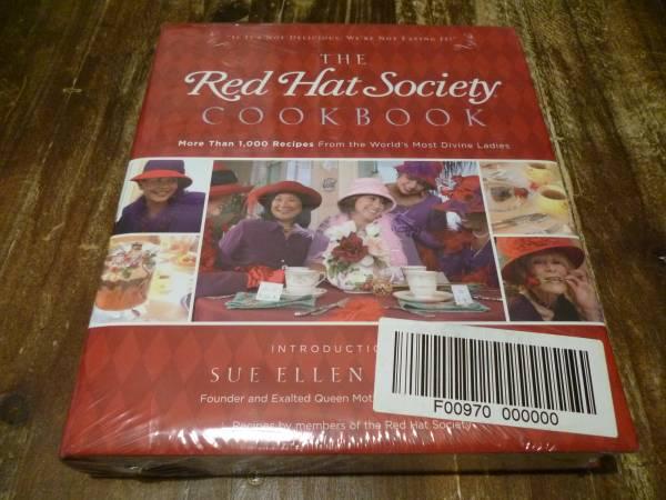 Photo NEW RED HAT SOCIETY COOKBOOK - $5 (S Salinas)