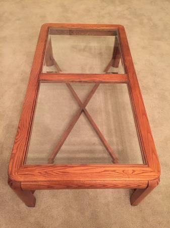 Photo Oak coffee table - $25 (Los Banos)