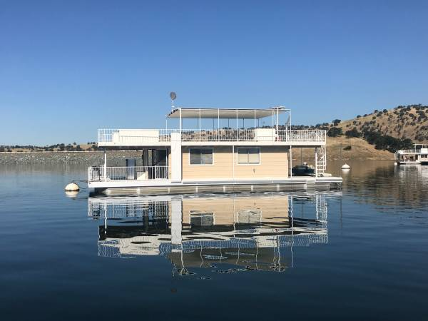 Photo REDUCEDHouseBoat Lake McClure 20X54 - $115000 (Lake Mc Clure Ca)