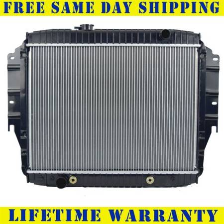 Photo Radiator For 1992-1996 Ford E150 E250 R350 Econoline Club Wagon 5.0L 5 - $150 (Merced, Ca)