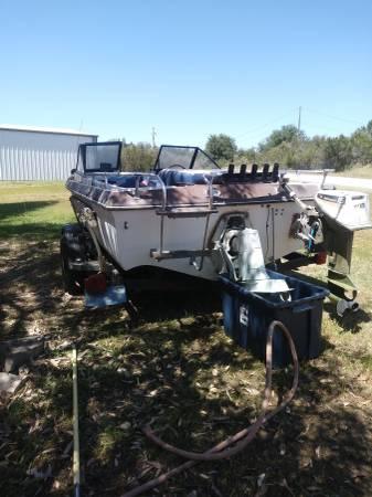Photo Tri hull - $1,500 (Valley springs)