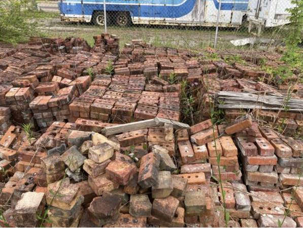 Photo Brick and Cinder Block Sale Sat-Sun (1500 28th street at 15th ave Gulfport)