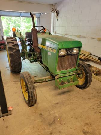 Photo John Deere 950 Tractor - $4,500 (Decatur, MS)