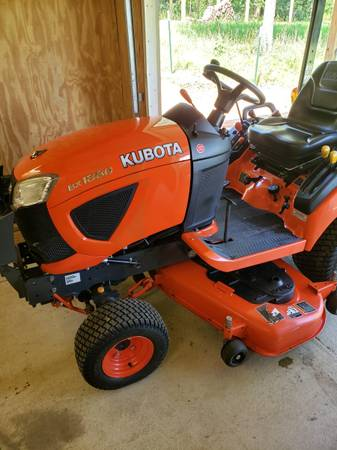 Photo Kubota Bx1880 4x4 with 54in belly mower and quick detach box blade - $8,000 (COLLINSVILLE)