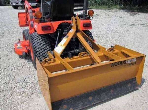 Photo Need sell pretty quick tractor Belly Mower - $1,090 (Meridian)