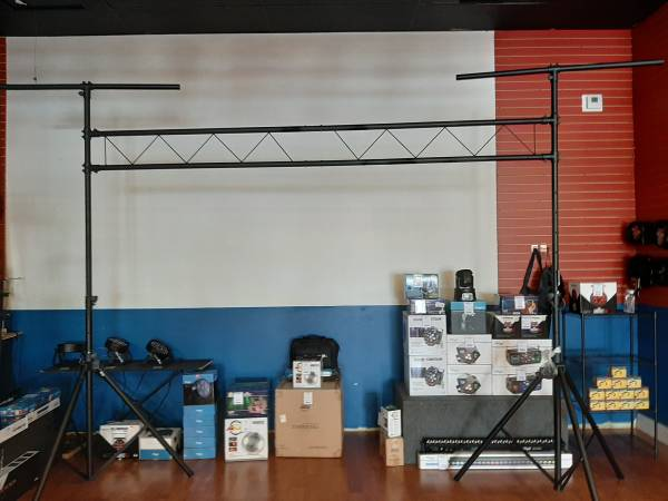 Photo 10ft Lighting Truss Stand - $90 (The Music Center WPB)