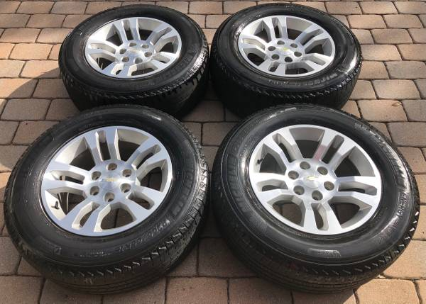 Photo 18 Chevy Silverado 1500 factory OEM original rims wheels tires set in Excelle - $650 (Lake Worth)