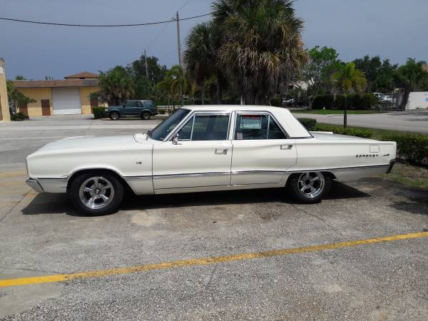 Photo 1967 Dodge Coronet - SUPER CLEAN - $14000 (Deerfield Beach)