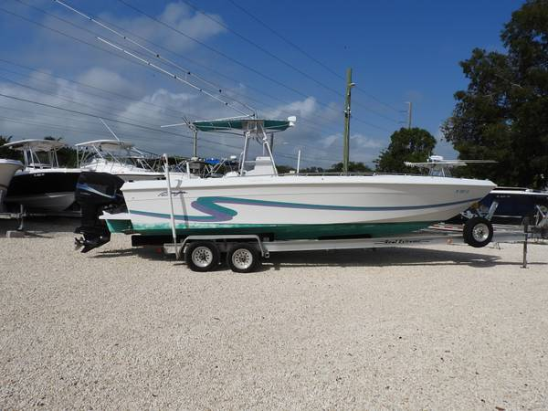 Photo 1994 28 Baja center console fishing boat - $19900 (Key Largo)