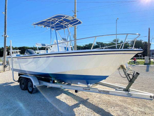 Photo 2001 EdgeWater 200CC Center Console Boat for Sale by Boat Depot - $17,900 (101500 Overseas Hwy, Key Largo, FL)
