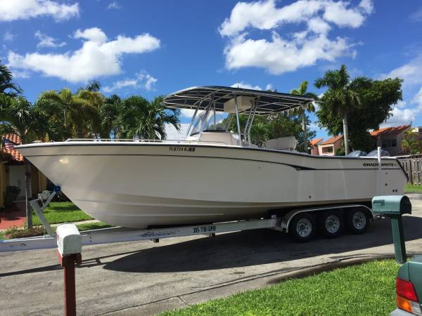 Photo 2001 Grady White Bimini 306 Center Console Boat Yamaha Four Strokes - $85,000 (Miami)