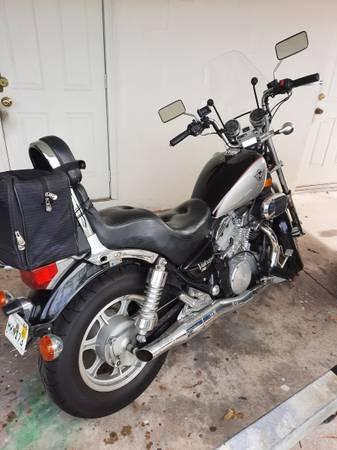 Photo 2004 Kawasaki Vulcan 750 2005 Kawasaki 650 R - $2,400 (West Palm Beach)