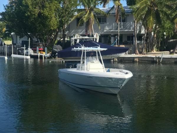 Photo 2007 Intrepid 323 CC - $129,000 (Key Largo)
