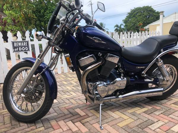 Photo 2007 Suzuki Boulevard S83 - $2,700 (Palm Springs)