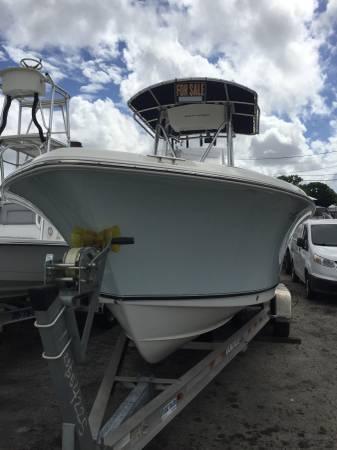 Photo 2011 Sea Hunt 232 Ultra Center Console Boat Yamaha 250 Four Stroke - $48,500 (Miami)