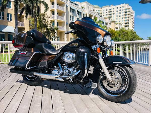 Photo 2013 Harley Davidson Electra Glide Limited Anniversary (Boynton Beach)