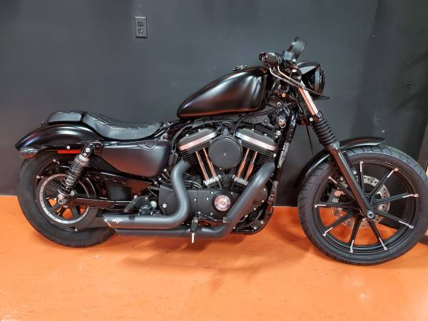 Photo 2016 HARLEY DAVIDSON XL883N IRON - $5,950 (Miami)