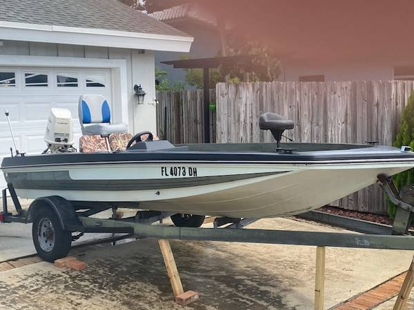 Photo $2,900. for FANTASTIC DEAL for BOAT, MOTOR and TRAILER - $2,900 (BOCA RATON)