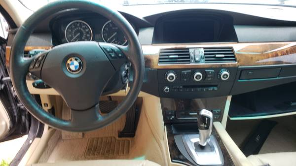 Photo BMW 535 XI 2010 PARTS - $1 (hialeah)