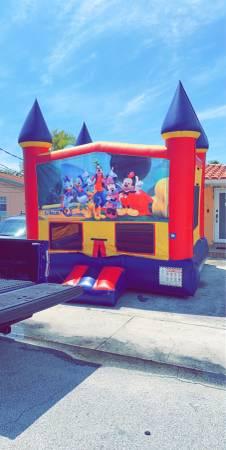 Photo Bounce house 65$ - $65 (Miami)