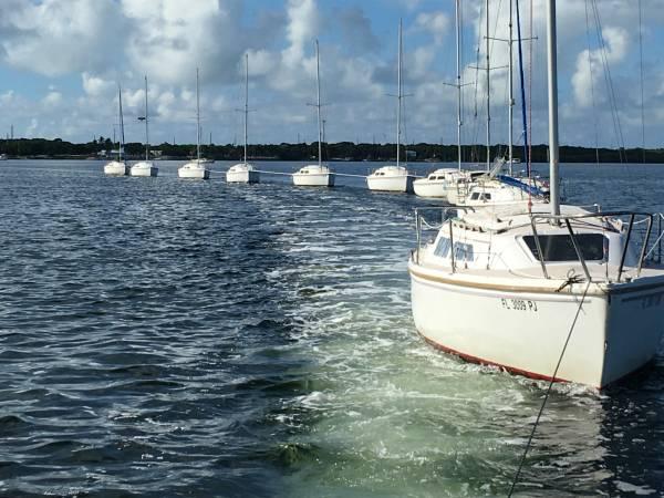 Photo Catalina 22 Sailboat Sail it today - $2500 (Key Largo)