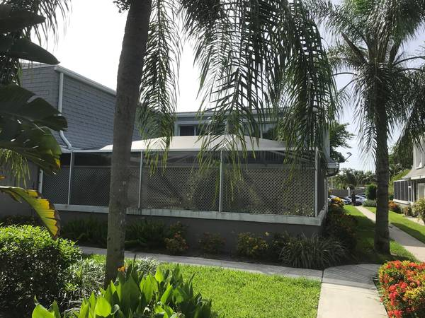Photo Come see the lowest priced listing in Vision One This spacious townho... 2 Beds (Palm Beach Gardens)