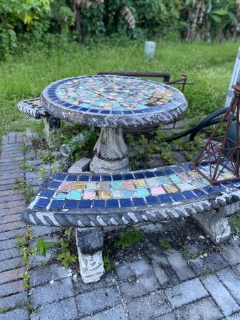Photo Concrete Mosaic Patio Table set $175., Lg Cage $110., Plants, Rims - $175 (Oakland Park)