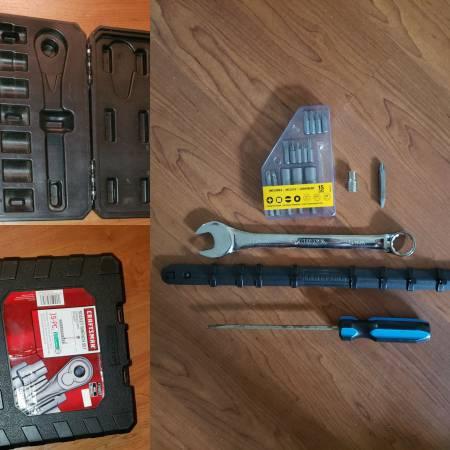 Photo Dewalt, Craftsman, Husky, Stanley Tools CHEAP - $9 (Broward)