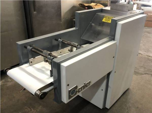 Photo Dough Moulder (Benier) USED (Hialeah, Fl)