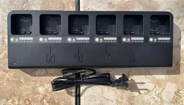 Photo Flashpoint MB-6 Multi Battery Charger eVOLV 200 strobe flash - Godox - $70 (Lake Worth Beach)