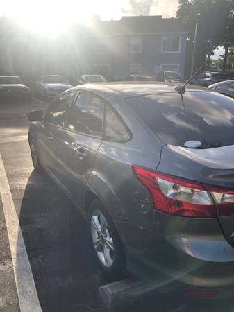 Photo Ford Focus $4000 negotiable - $4000 (Lake Worth)