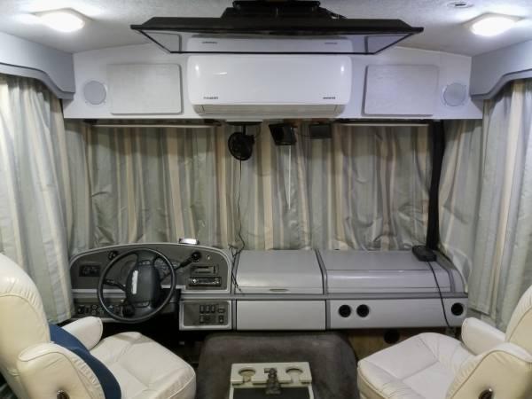 Photo Full Solar Powerhouse - Off-Grid RV For Sale - $87,900 (North Miami Beach)