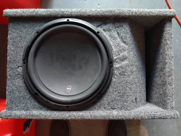 Photo JL 12quot W3 subwoofer in a box and XD600 Amplifier - $280 (Sandalfoot Cove)