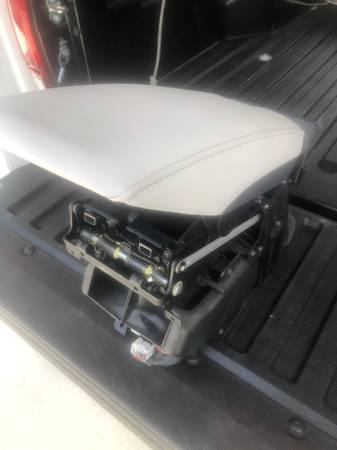 Photo Lexus ES350 grey center console armrest - $95 (palmetto Bay area)