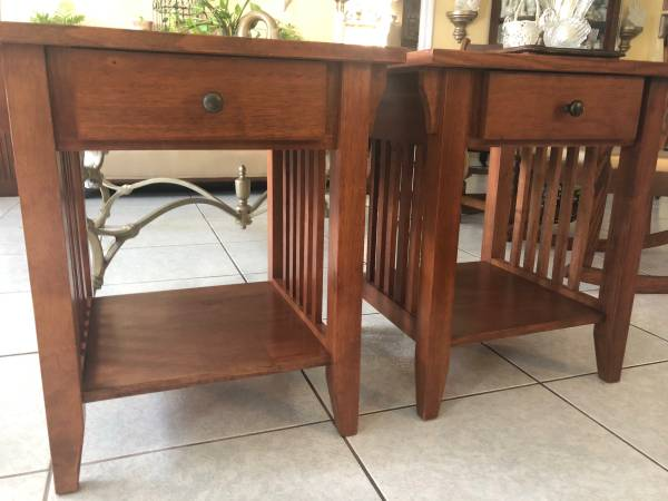 Photo Pair of Mission Style End Tables - $65 (Fort Lauderdale)