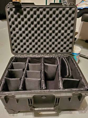 Photo Pelican Case with Separators - $180 (Davie)