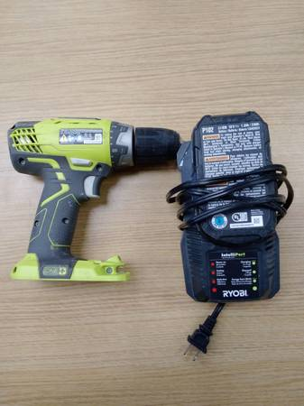 Photo Ryobi One 18v P208b Drill W Battery And Charger - $49 (BOCA RATON)